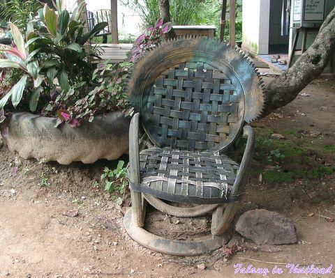 Sessel aus Altreifen Thailand
