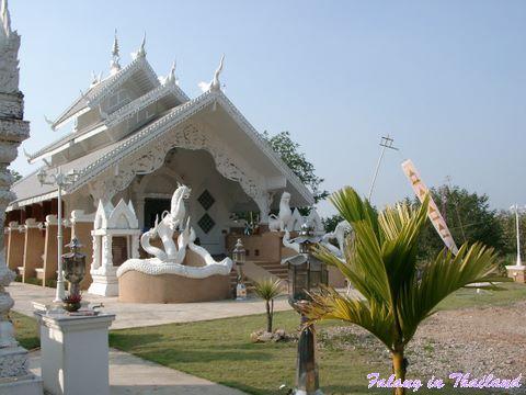 Wat Pabong - Eingang von aussen