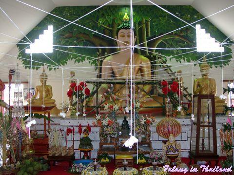 Wat Pabong - Zeremoniehalle innen